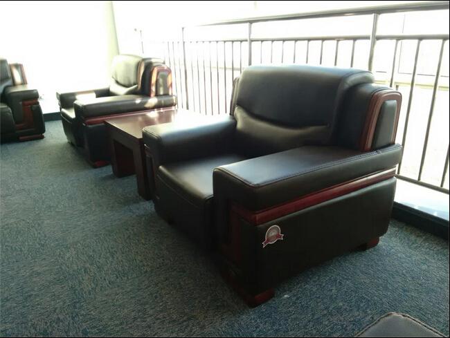 青岛实木沙发