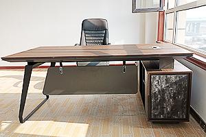 新款2019钢架老板桌K97