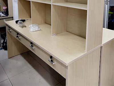 中国海洋大学实验室家具